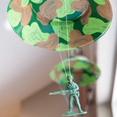 How to Make Parachuting Toy Story Army Men